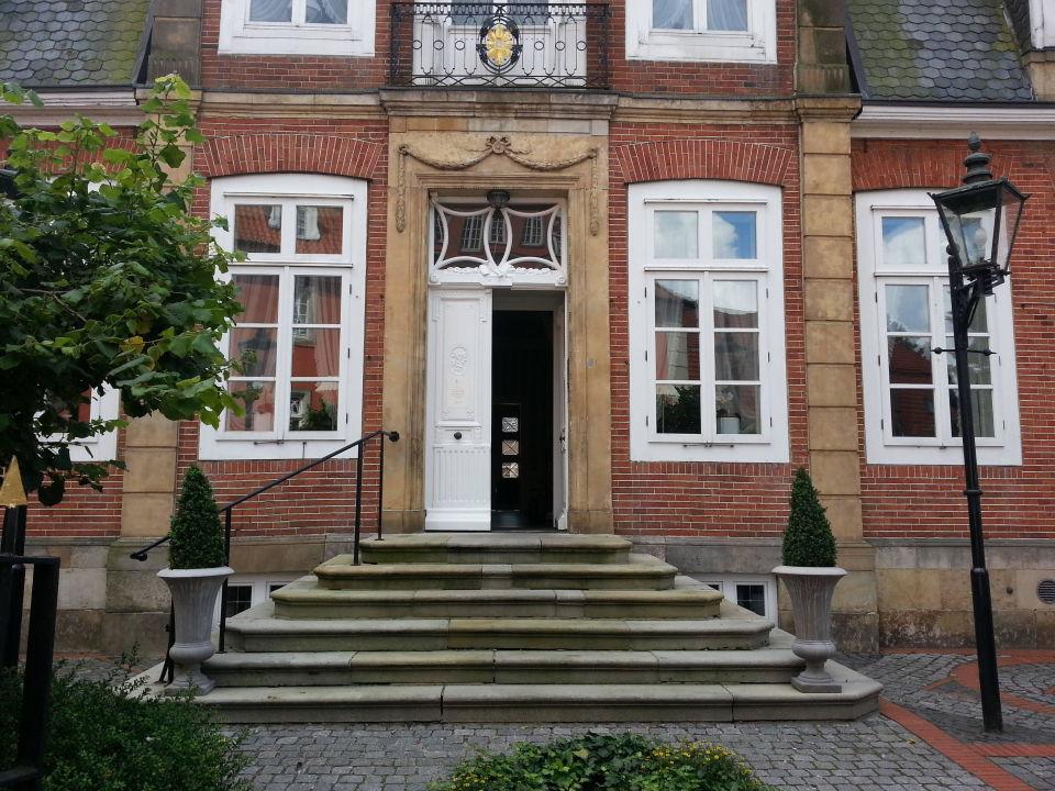 Haus 2 Treppenaufgang Burghotel Haselunne Haselunne