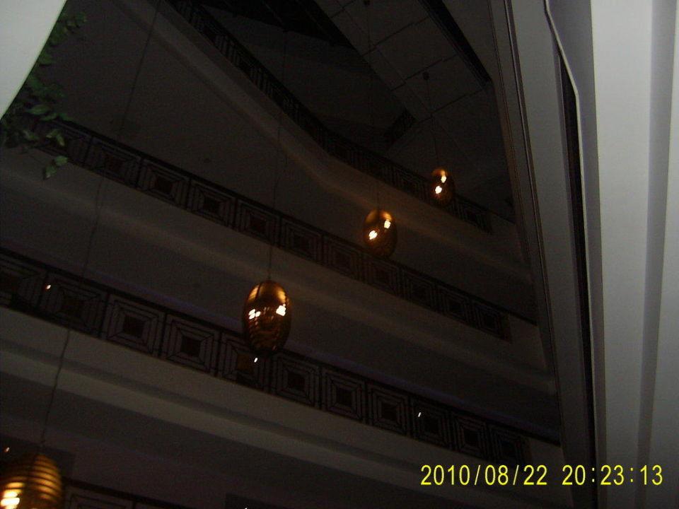 Отель изнутри Hotel Royal Atlantis Spa & Resort