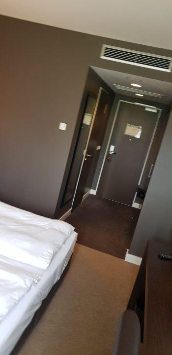 Zimmer Rilano 24/ 7 Hotel München