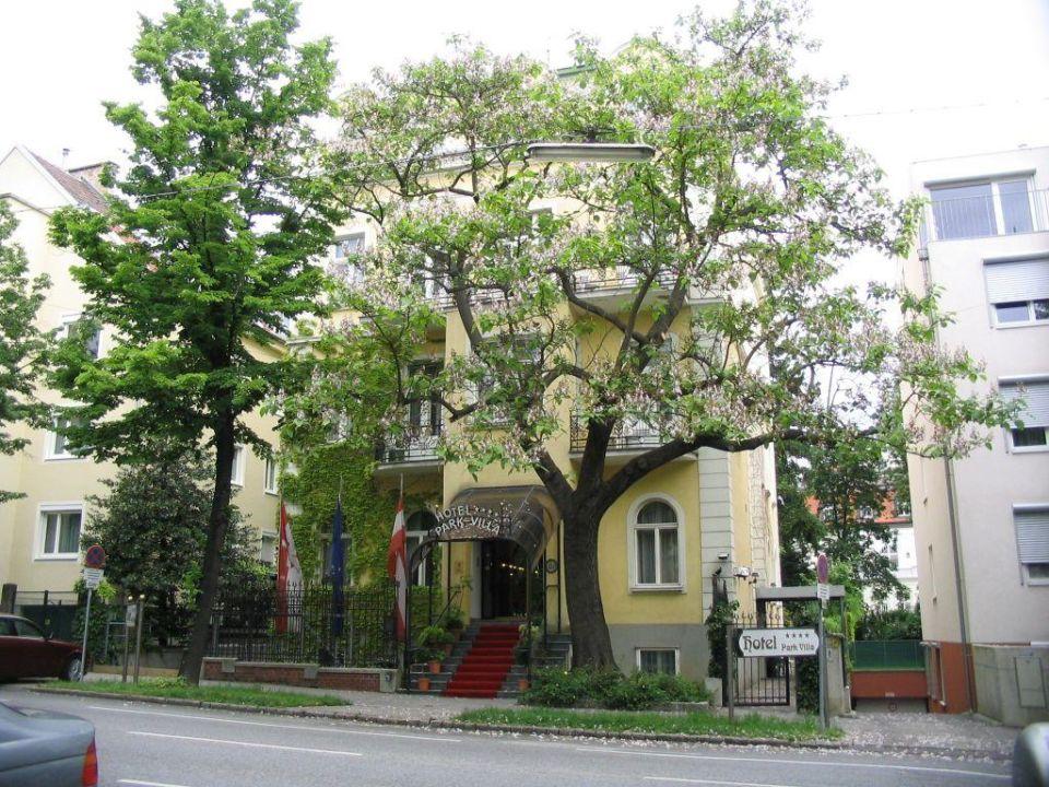 Hausansicht Park Villa