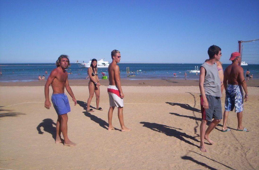 Volleyball am Strand Giftun Azur Resort
