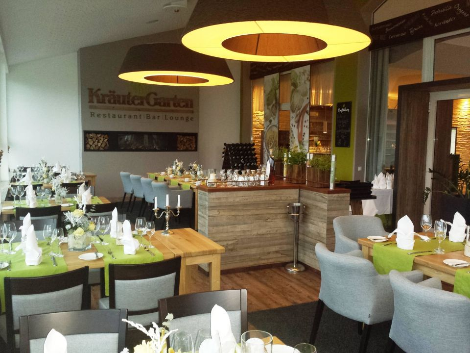 """Bild """"restaurant kräutergarten """" zu sport  & vital resort neuer ..."""