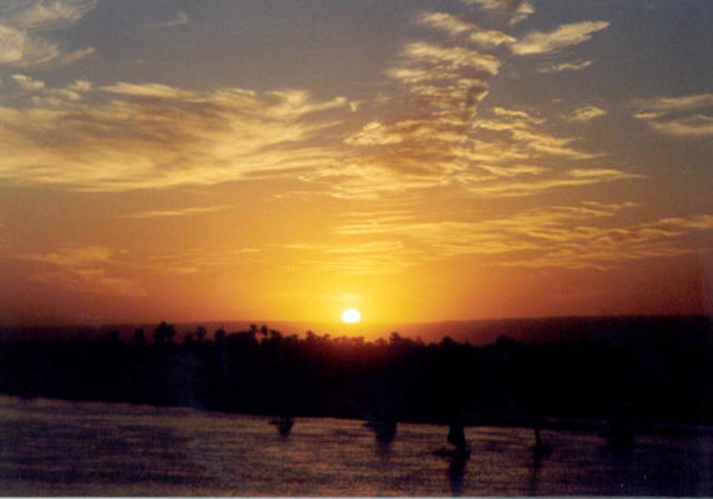 Sonnenuntergang am Nil Hotel Sonesta St. George