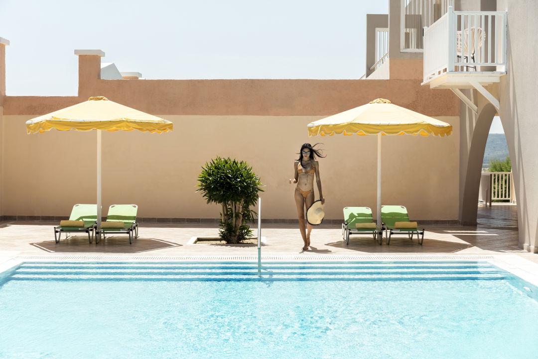 Pool Mitsis Family Village Beach Hotel