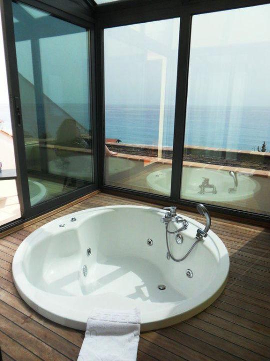 Unser Jacuzzi mit Blick aufs Meer Limak Limra Resort