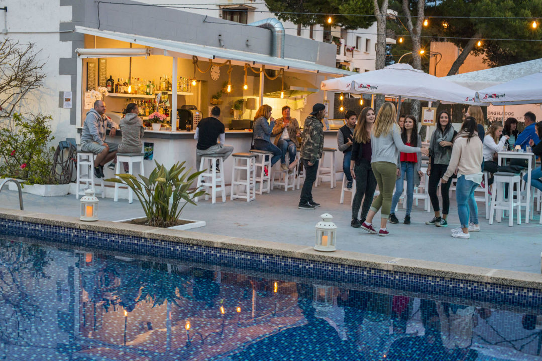 Quot Pool Area Quot Chevy Hotel Cala Ratjada Holidaycheck