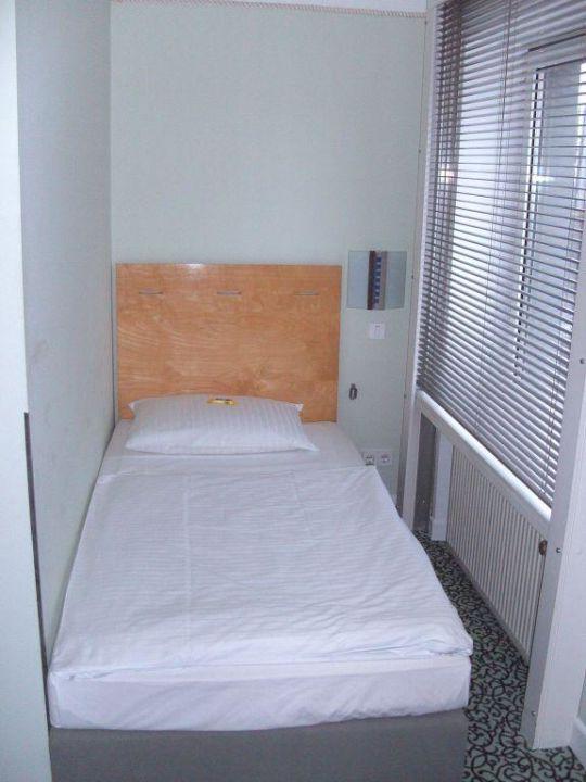 3 bett zimmer boutique 009 k ln city k ln holidaycheck nordrhein westfalen deutschland. Black Bedroom Furniture Sets. Home Design Ideas