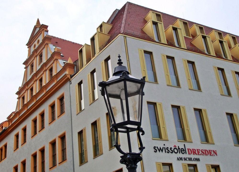 Fassadenansicht Swissôtel Von Der Schlossstr Aus Hyperion Hotel