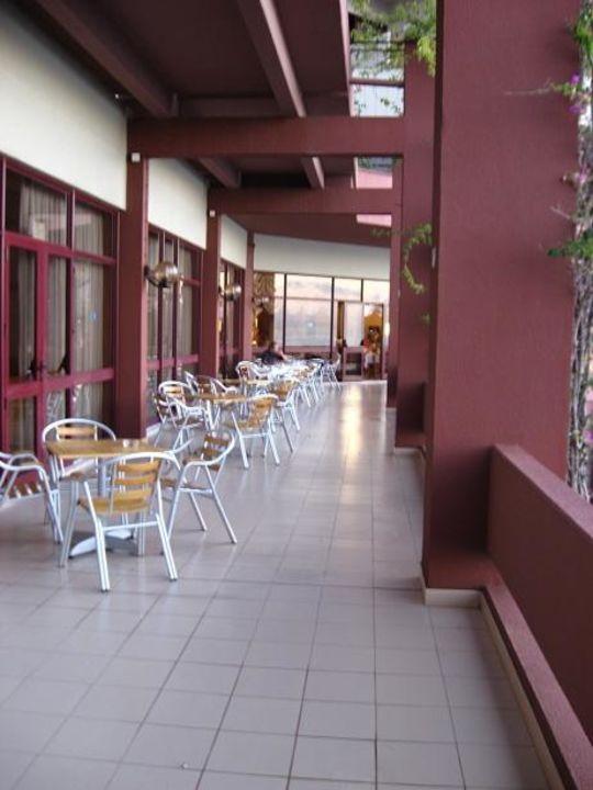 Frühstücksbalkon Hotel Baia Azul