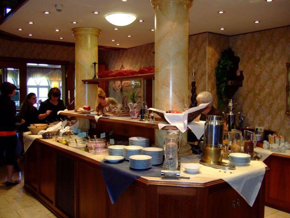 Fruhstucksbuffet Burghotel Am Hohen Bogen Neukirchen Beim Heiligen Blut Holidaycheck Bayern Deutschland
