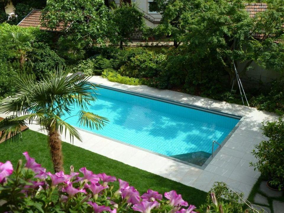 Wundersch ner garten mit pool hotel verena in lana for Garten pool 4m