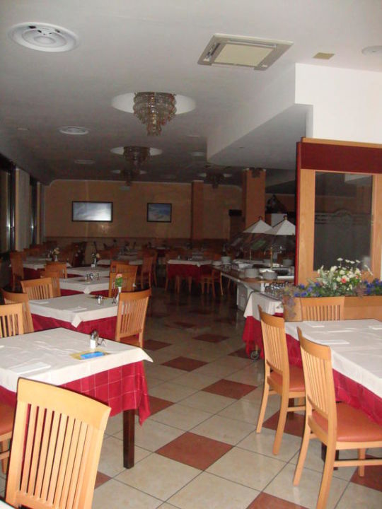 "speisesaal"" hotel florida in limone • holidaycheck | lombardei italien, Esstisch ideennn"