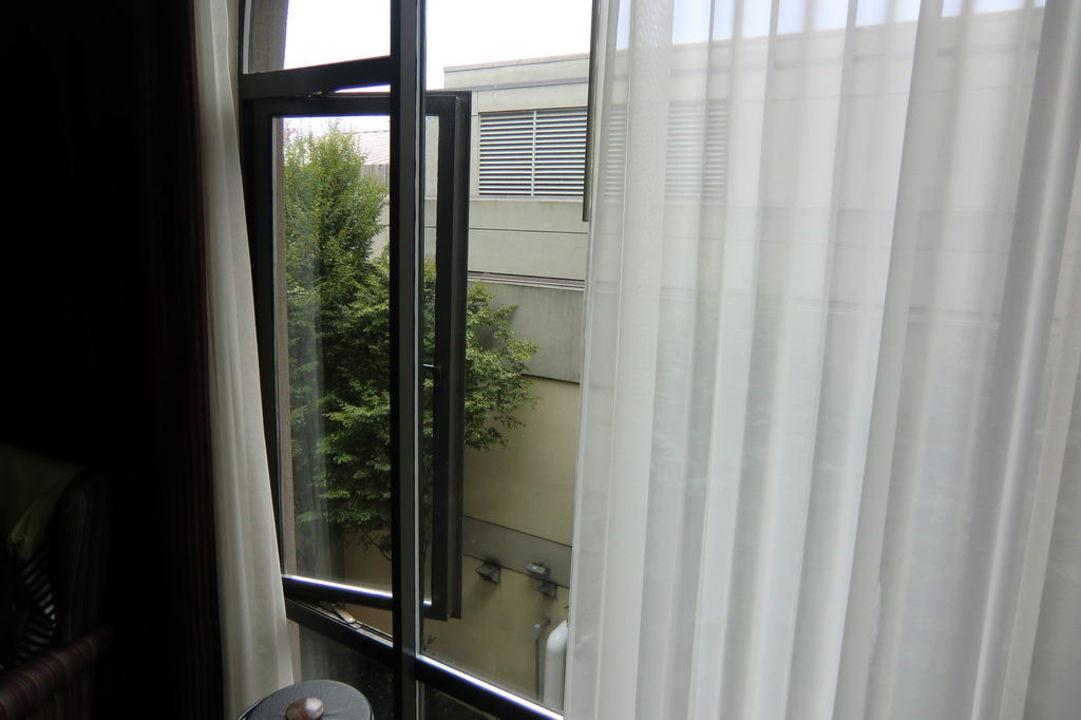 Great views / lots of noise Hotel Delta Ocean Pointe Resort