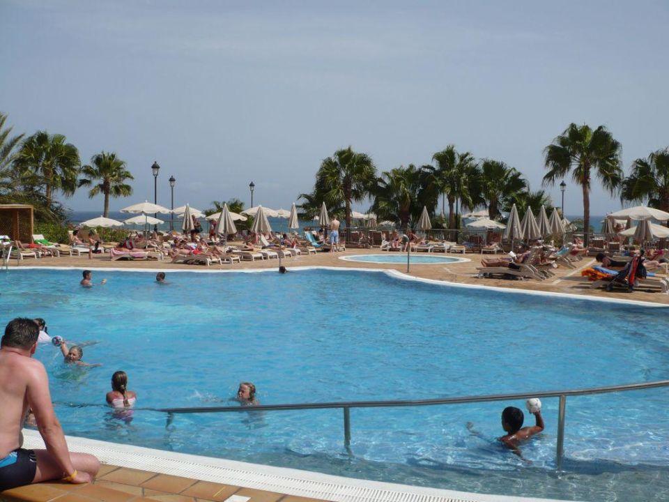 Pool SBH Hotel Taro Beach