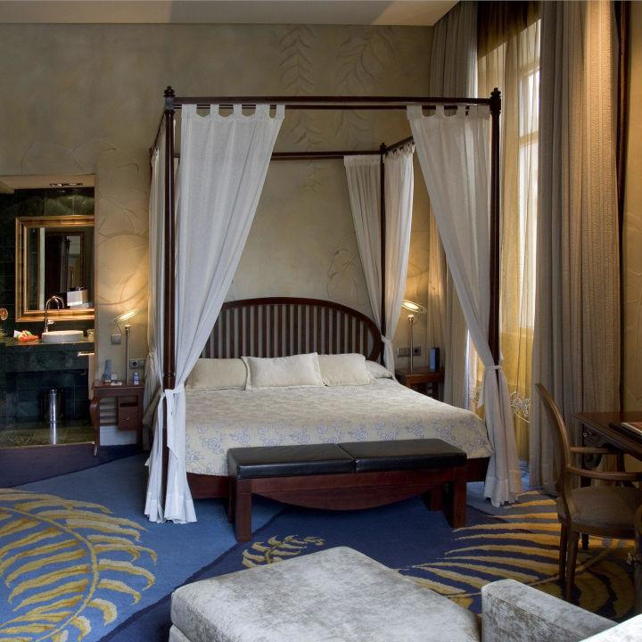 Junior Suite Hotel NH Collection Madrid Paseo del Prado