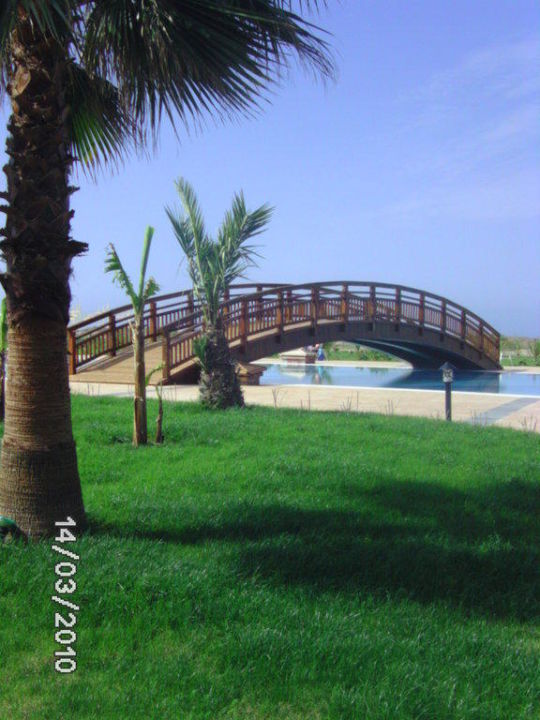 Brücke über den Pool Seaden Sea World Resort & Spa Hotel