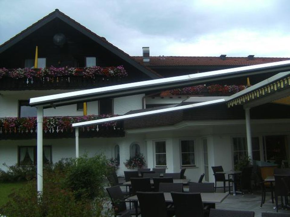 terrasse wohlf hlhotel berwanger hof obermaiselstein holidaycheck bayern deutschland. Black Bedroom Furniture Sets. Home Design Ideas