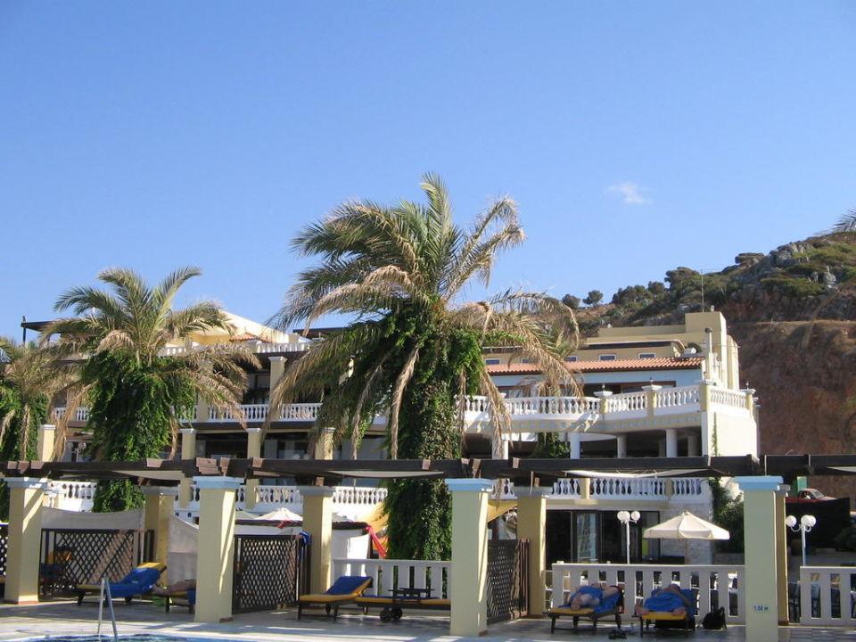 Außenanlage Radisson Blu Beach Resort