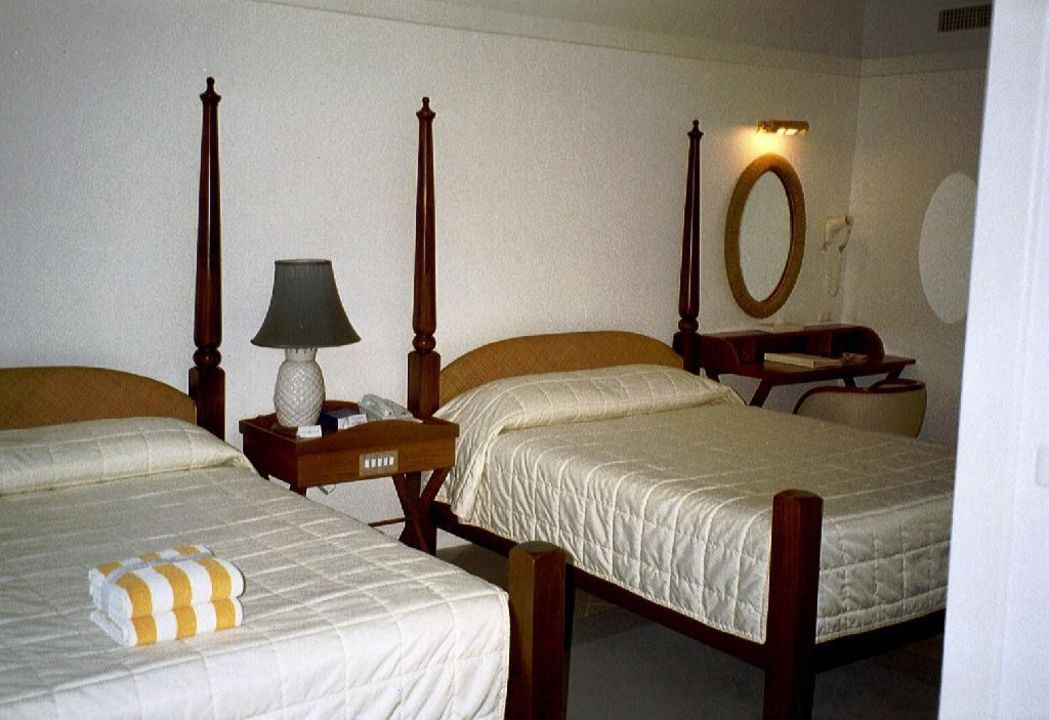 Schlafzimmer1 Hotel Andaman Seaview