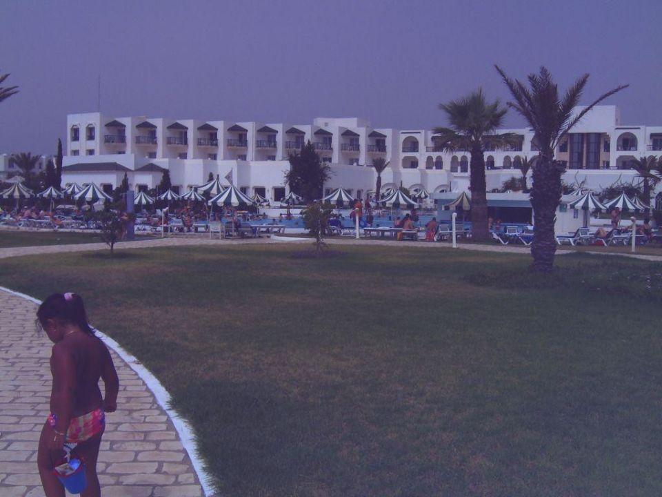 Blick vom Strand auf die Anlage Concorde Marco Polo