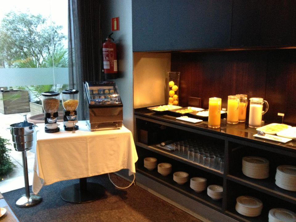 Frühstück Hotel Vilamari