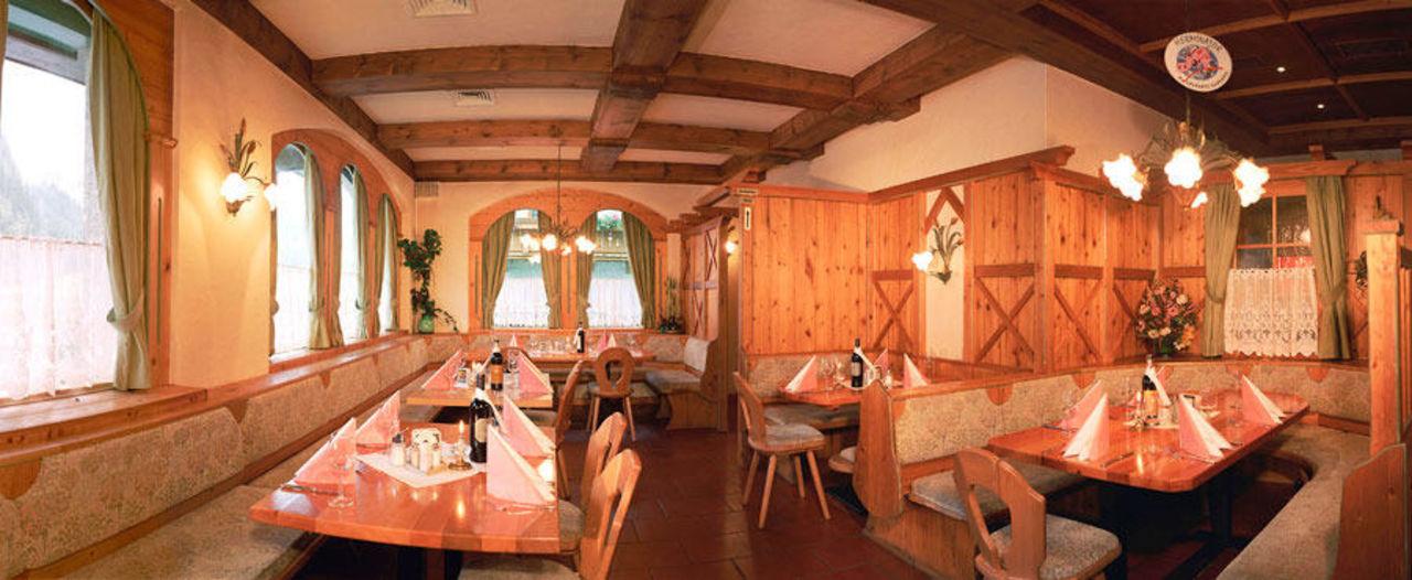 S'kleine Wirtshaus - unser Restaurant Hotel Alpina