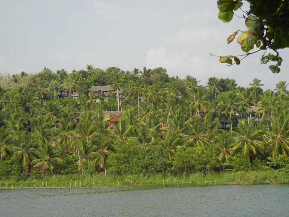 Blick vom Beach zur Hotelanlage Hotel Vivanta by Taj Kovalam