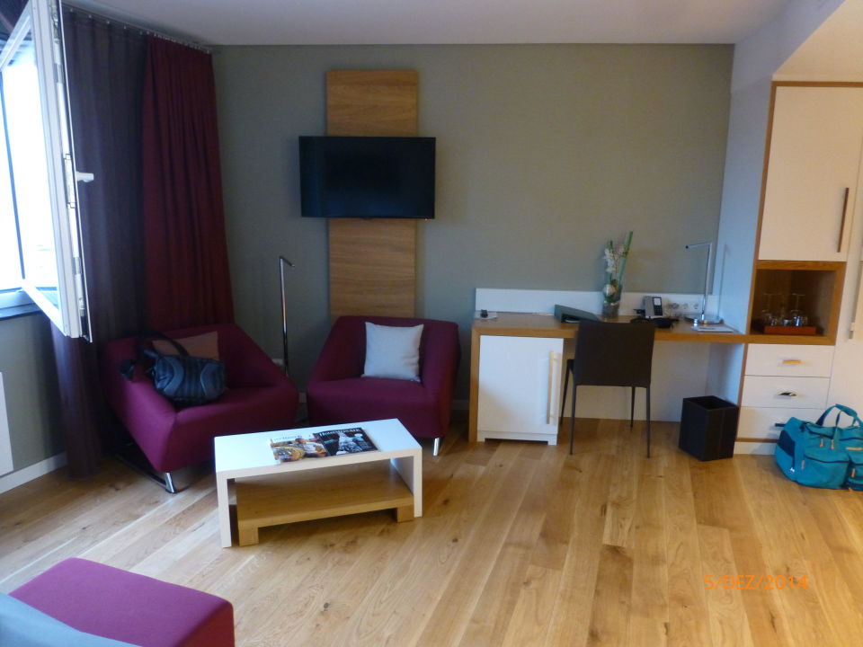 bild toller holzfu boden zu kaisergarten hotel spa. Black Bedroom Furniture Sets. Home Design Ideas