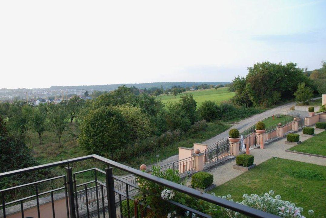 """Restaurant """"Zur Scheune"""" Victor's Residenz-Hotel Schloss Berg"""