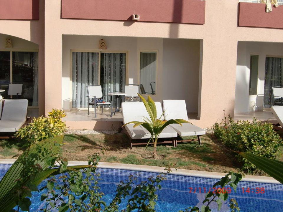 Eigene Terrasse mit Garten Majestic Elegance Punta Cana Resort