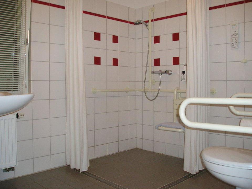 Badezimmer des Behinderten-Appartment\