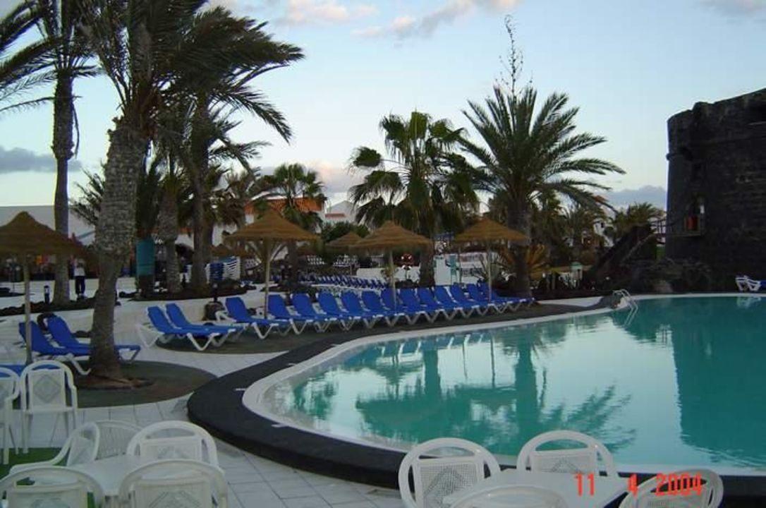 Poolanlage im Hotel Barcelo El Castillo Hotel Barceló Castillo Beach Resort
