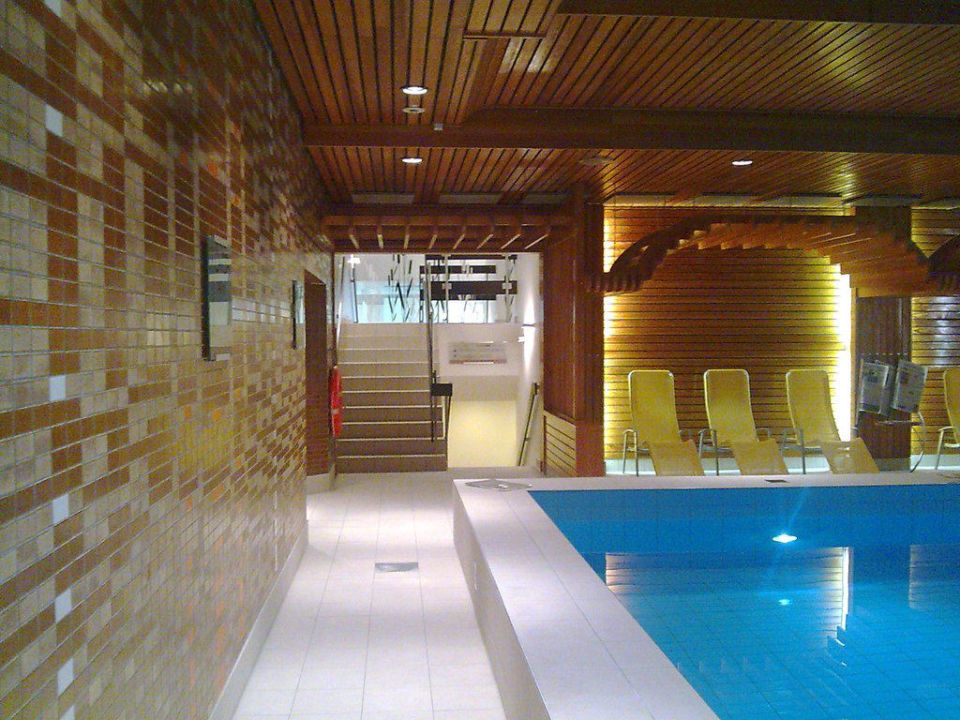 Pool westin leipzig hotel the westin leipzig leipzig - Swimming pool leipzig ...