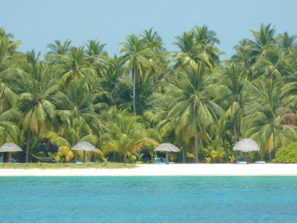 Strand Hotel Bangaram Island Resort