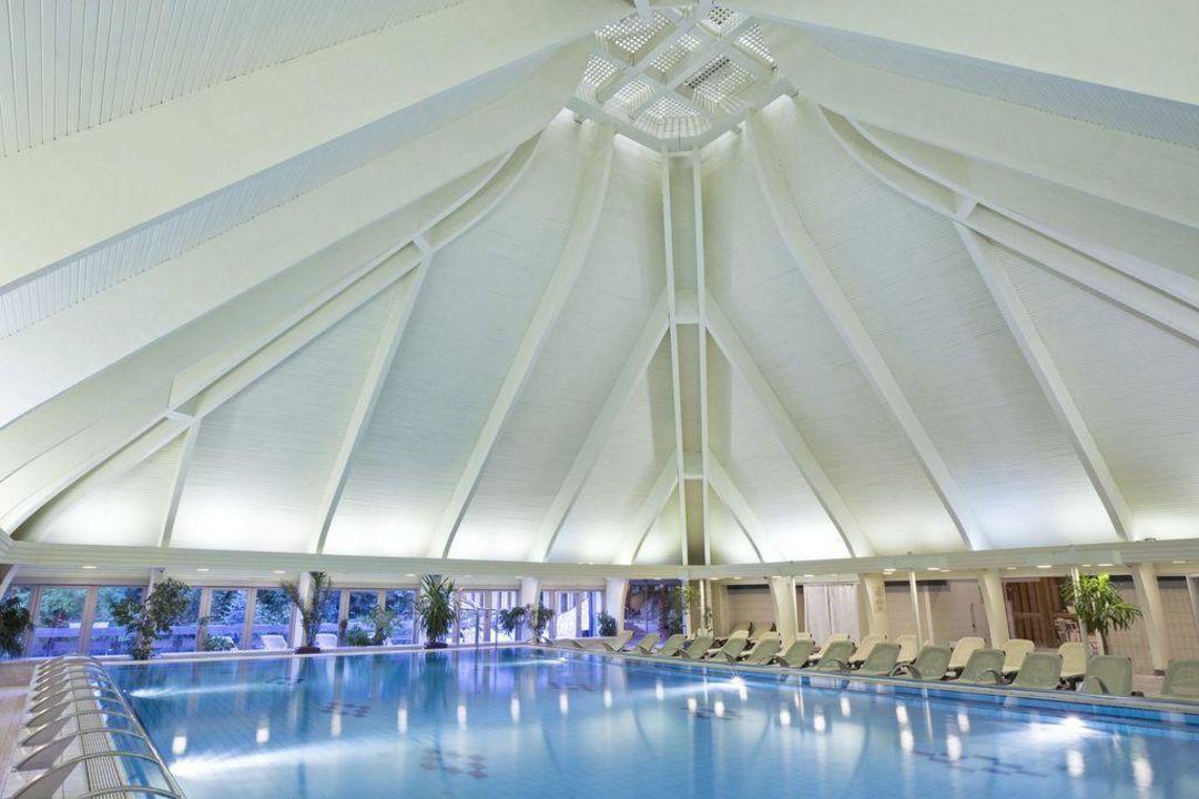 Swimming pool Danubius Health Spa Resort Hévíz