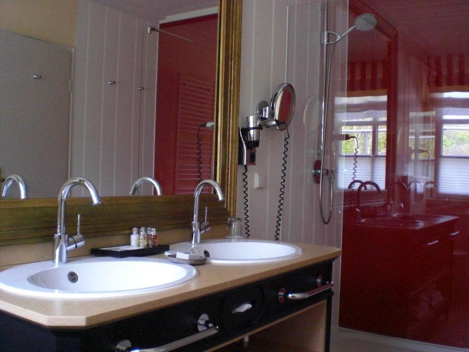 """badezimmer mit grosser dusche"""" hardenberg burghotel in nörten, Hause ideen"""