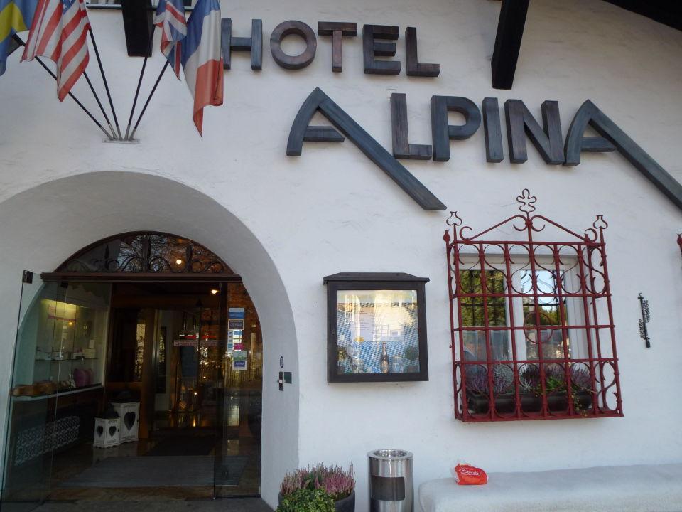 Eingang H Hotel Alpina GarmischPartenkirchen Garmisch - Hotel alpina garmisch