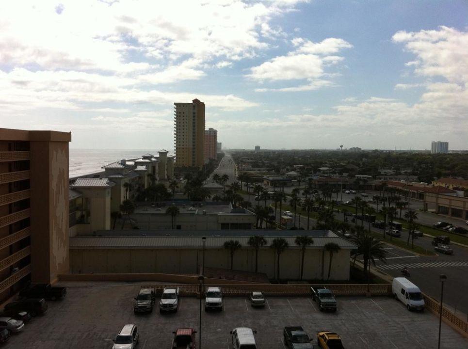 Blick aus dem Hotelzimmer im 9. Stock Hotel LaPlaya Resort & Suites