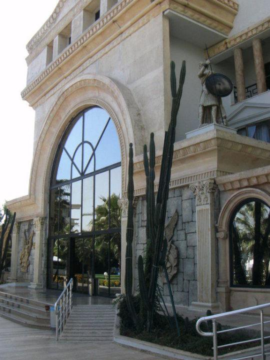 Haupteingang Cesars Resort Side