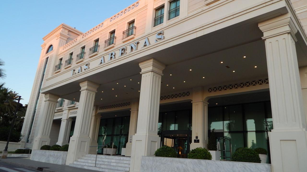 Hoteleingang Las Arenas Balneario Resort