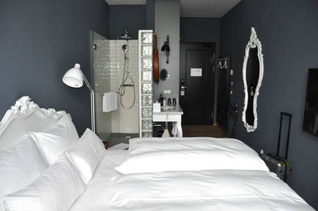 zimmer grand ferdinand vienna your hotel in the city center wien holidaycheck wien. Black Bedroom Furniture Sets. Home Design Ideas