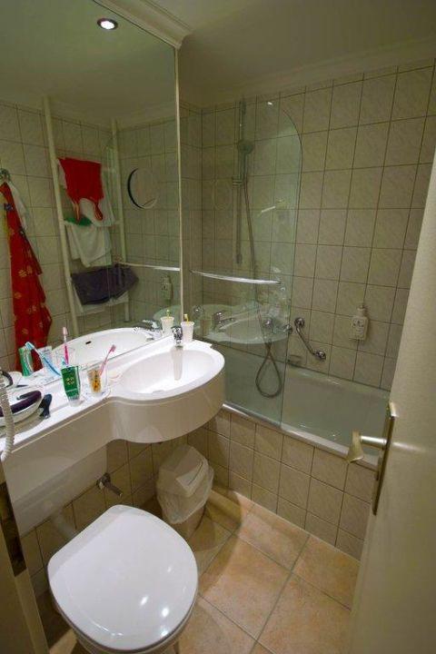"""badezimmer ca. 2 qm"""" cliff hotel rügen in sellin auf rügen, Badezimmer ideen"""