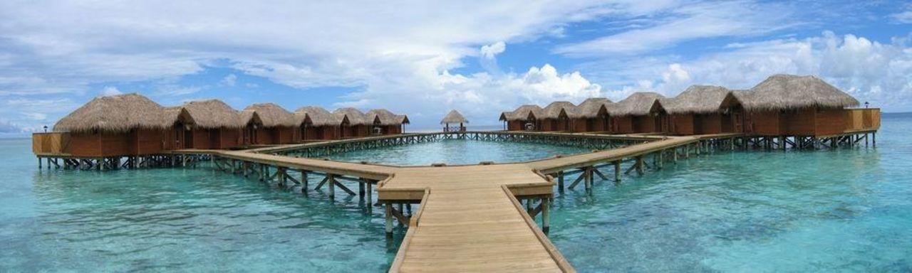 Panorama-Wasserbungalow Hotel Fihalhohi Island Resort