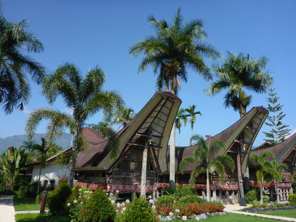 Außenansicht Hotel Toraja Misiliana