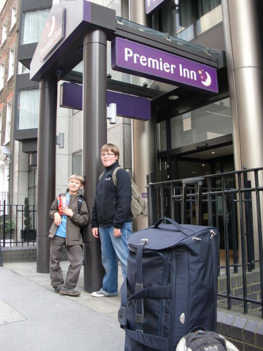 Eingang Premier Inn London City Tower Hill