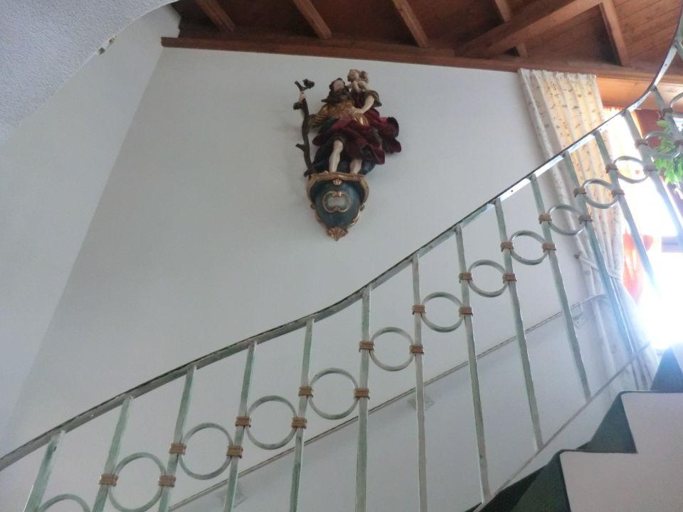 Bild treppenhaus zu hotel madeleine in obergurgl for Bilder fa r treppenhaus