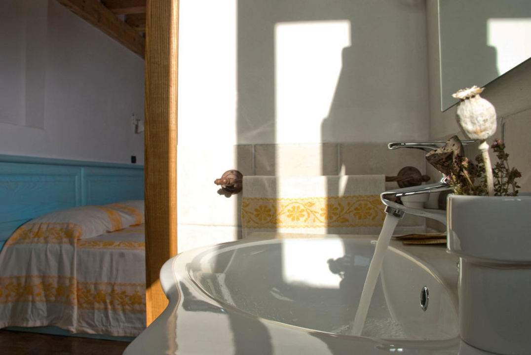 Bagni delle camere Hotel Albergo Diffuso Monte Granatico