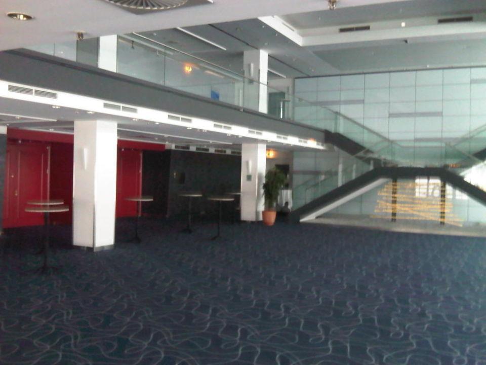 Eingangsbereich Ballsaal Hilton Munich Park