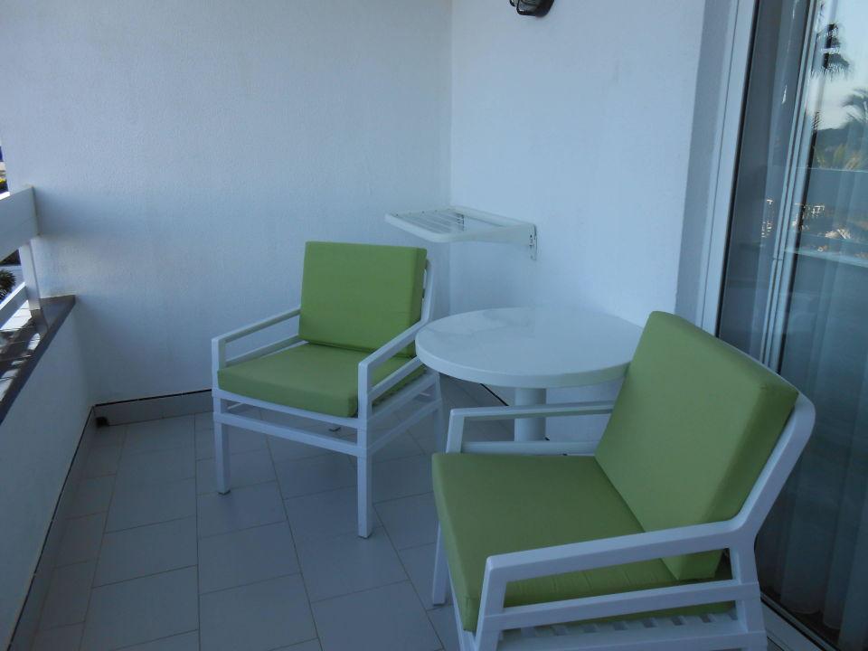 sch ner balkon hotel costa canaria in san agustin. Black Bedroom Furniture Sets. Home Design Ideas