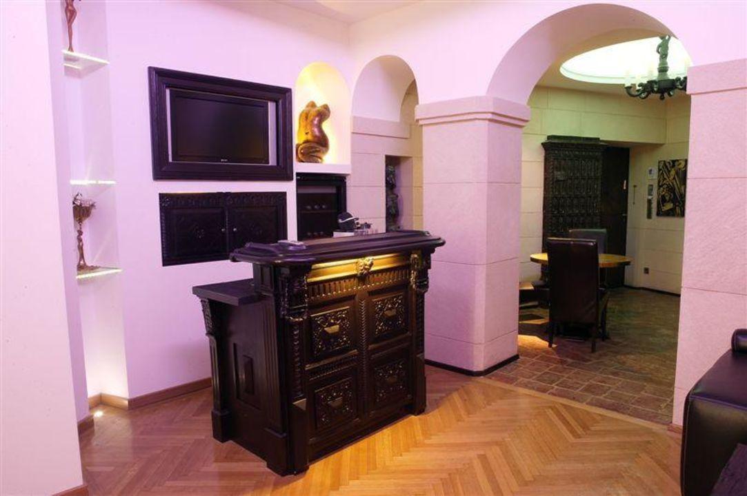 Suzette Citadella Apartments